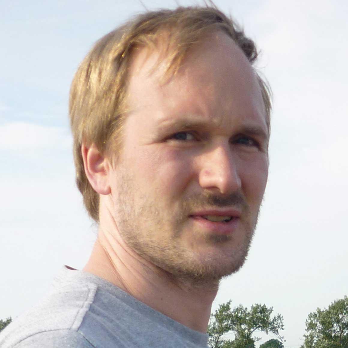 Dr. Jonas Hostettler